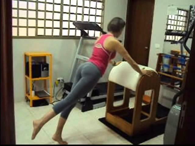 Profa. Andrea Kalil - Movimentos básicos/intermediários.