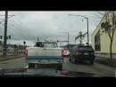 Русский гоняет по бандитским кварталам Сиэтла сша