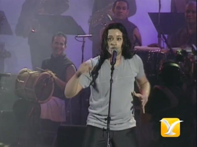 Elvis Crespo Tu Sonrisa Festival de Viña 2000 смотреть онлайн без регистрации
