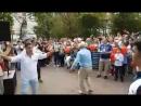 Türk müziği eşliğinde dans ettik Под турецкой музыкой танцевали