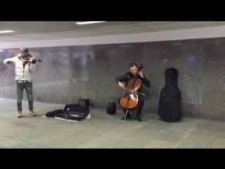 весна#метро#скрипка#мурашки#любовЬ