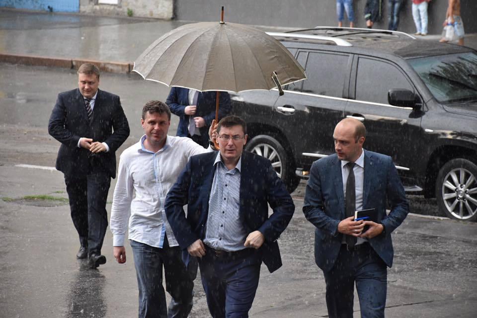 Плотницкому и двум боевикам заочно объявлено о подозрении по делу о сбитом Ил-76 в аэропорту Луганска, - ГПУ - Цензор.НЕТ 2454