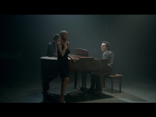 A Great Big World feat. Christina Aguilera – Say Something