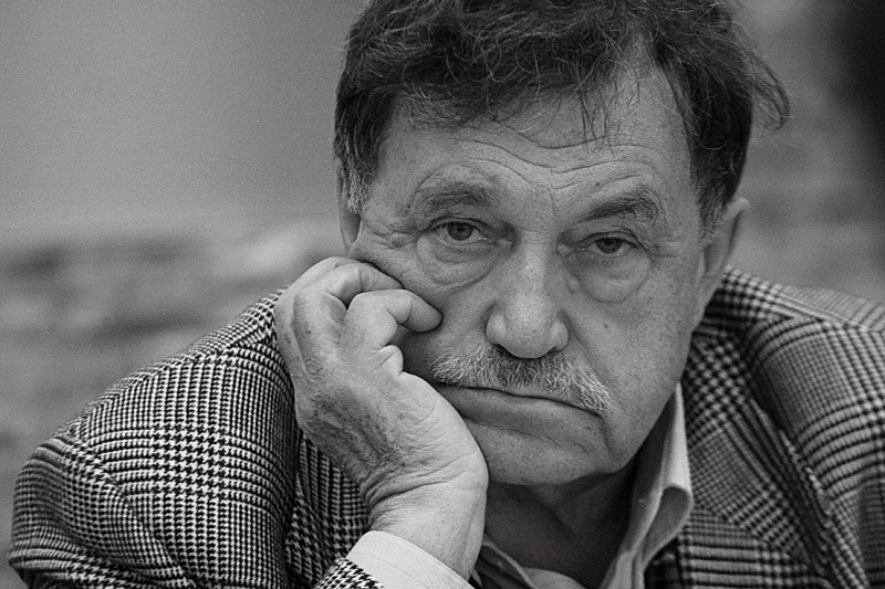 Василий Аксёнов. Источник фото: http://film-old.ru/vasilij-aksenov