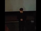 Неожиданное появление Чжи Чан Ука на показе фильма , организованного для фан -клуба Дирок