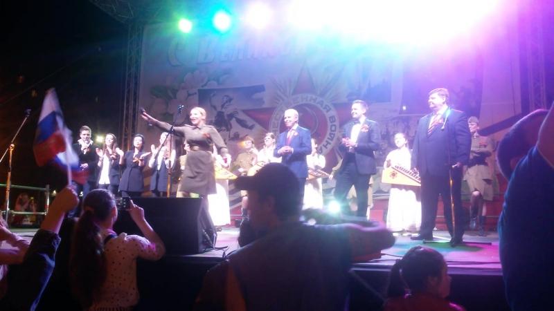 Вячеслав Фетисов и Сергей Волчков на празднике День Победы в Подольске