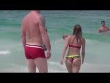 Голые девушки в мини стрингах. Девушки без трусов. Как привлечь внимание? Голые девушки, женщины на пляже.