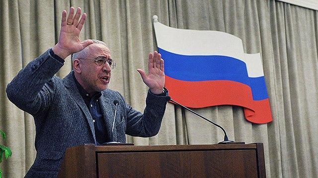 Николай Сванидзе рассказал о работе на посту руководителя ВГТРК в 90-е