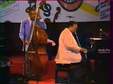 Ray Brown Trio - HoneySuckle Rose (46)