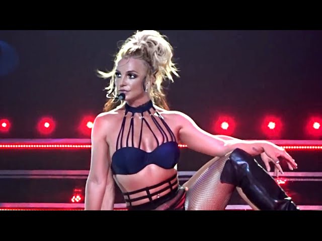 Britney Spears - Breathe On Me Touch Of My Hand (Live From Las Vegas)