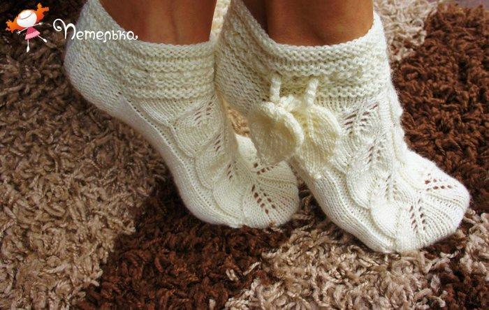 Ажурные носочки спицами