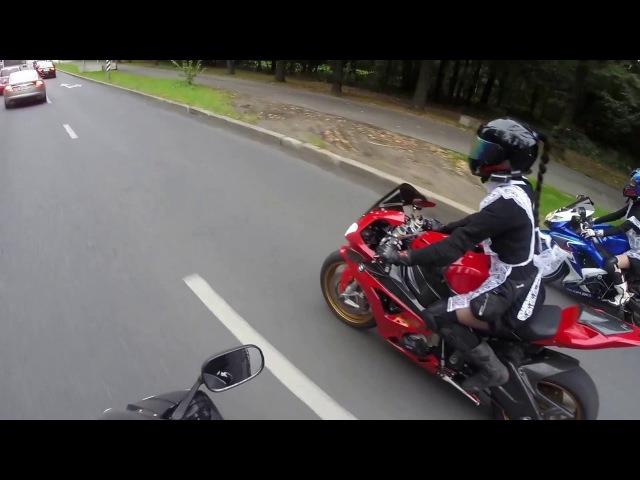 девушка на мотоцикле/ школьница на мотоцикле / biker girl / bmw s1000rr hp