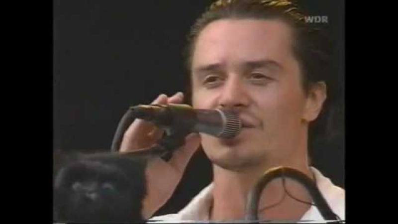 Mr. Bungle - Pink Cigarette (Live @ Bizarre Fest 2000) [Higher Quality]