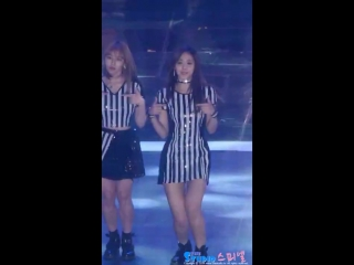 161119 TWICE- Cheer Up @ Melon Music Awards (Tzuyu fancam)