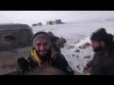 В перерыве между боевыми операциями радость красивому снегу