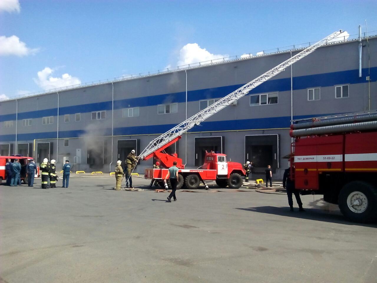 Сегодня на Пучковке сгорел склад