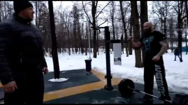 Кусочек первоянварской тренировки с Мишей Кокляевым для затравки😉