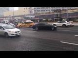ДТП в центре Москвы - BMW Суркова протаранил такси: видео