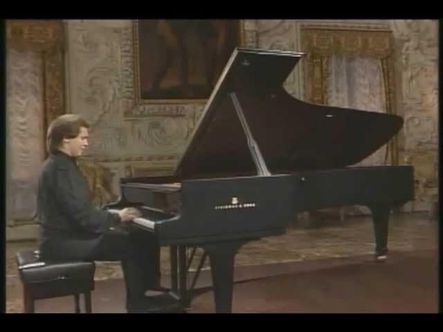 Ivo Pogorelich - Scriabin - Deux Poèmes, Op 32