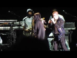 Demi Lovato & Nick Jonas - HersheyPark Stadium - Hershey, PA - 7/16/16 - Close