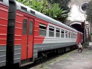 ЮРТВ 2012: Поездка в Абхазию на электричке 2. Новый Афон. [№0048]