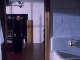 Беркли-сквер (1998) 1 серия из 10 [Страх и Трепет]