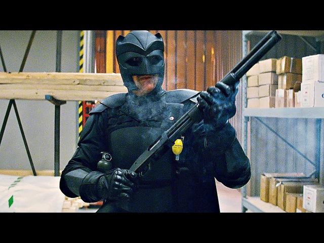 Папаня ( Big Daddy ) убивает бандитов Фрэнка Д'Амико на складе. Пипец.