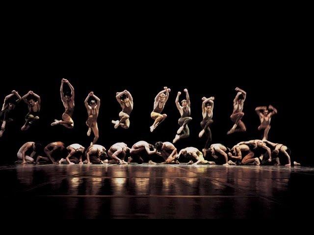 Maurice Béjart - « Le Sacre du printemps » dIgor Stravinsky, dansé par le Ballet du XXe siècle