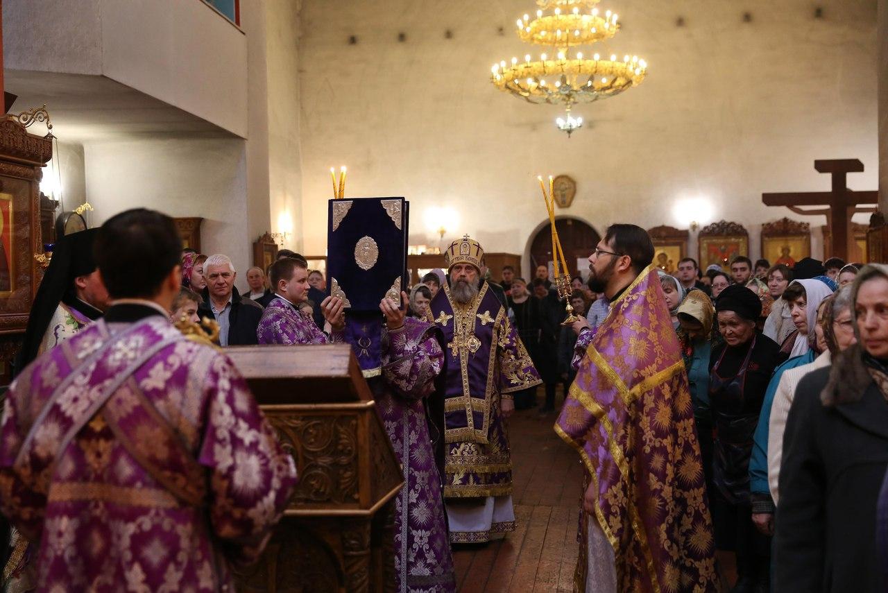 Владыка обратился к духовенству и прихожанам с архипастырским словом