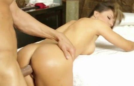 Женщина получила секс у массажиста