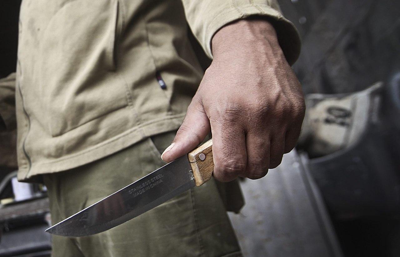 Калужанин зарезал брата из-за пульта оттелевизора