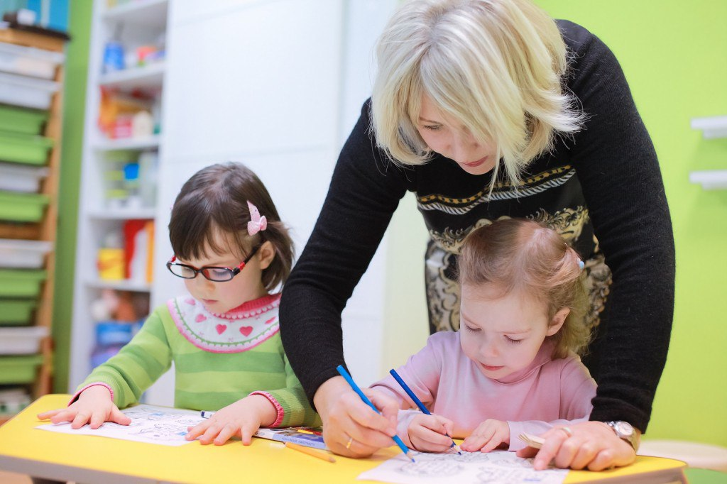 Сайт детского центра на ул.Ак.Анохина в Москве
