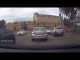 Нежданчик. 28.06.2016 Момент ДТП на перекрестке ул.Совхозная и Ленина (Ижевск)