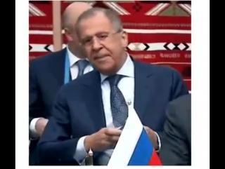 Сергей Лавров шлет всем привет и воздушный поцелуй