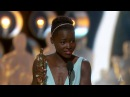 Лупита Нионго получает первый в своей карьере Оскар