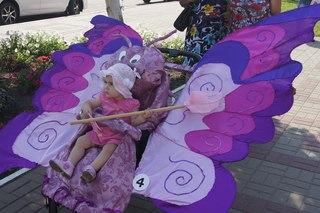 Парад колясок в Сухиничах