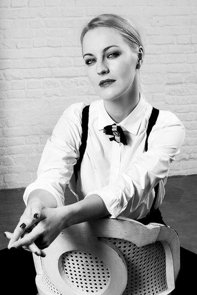 Яна Крайнова, российская актриса театра, кино и телевидения