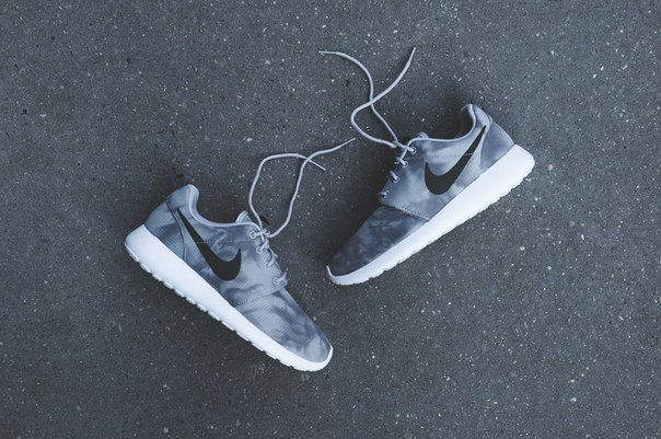 Кроссовки Nike Roshe Run Print Wolf Grey