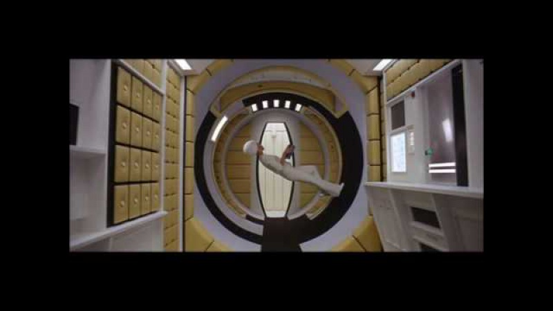 2001: A Space Odyssey - The lady who walks on the ceiling