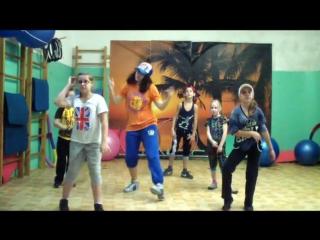 № 1 Видео урок --  Хип-Хоп  УлИчНые ТанЦы для ДеТей  6-12 лет  720  связка с урока   обучалка