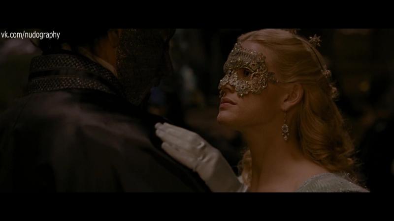 Элис Ив Alice Eve на балу в фильме Ворон The Raven 2012 Джеймс МакТиг 1080p