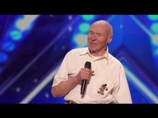 82-летний дедушка шокирует судей исполняя хард-рок
