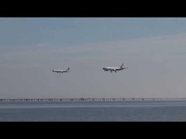 Красивая параллельная посадка двух самолетов в Сан Франциско SFO