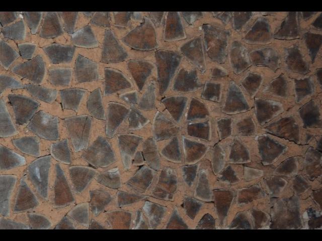 Уникальная кладка стены (дубглина). ЭкоФерма Горчичная Поляна.