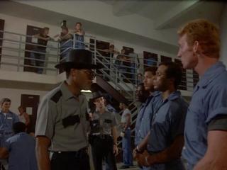 Miami Vice / Полиция Майами : Отдел нравов [3 сезон 4 серия]