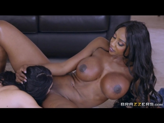 Порно в душе hd 720