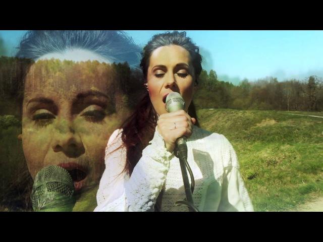 Aistė Skylė - Білий Брат (українською, live on a Hill Fort)