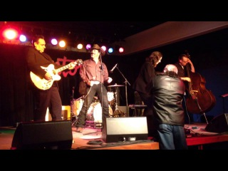 DAVID VINCENT and LINDA GAIL LEWIS: Whole Lotta Shakin Going On
