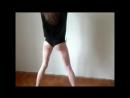 School 3 школьница танцует тверк, танец попой одноклассницы, большая попа, эротика - 720x540
