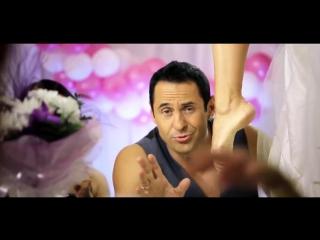 Женщины, я не танцую сцена фут фетиша!!!